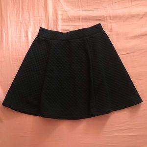 ⚠️mustbundle⚠️Divided black skirt